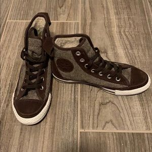 Converse high top fur lined brown
